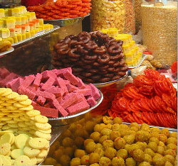 From Hands Full Of Ladoo To Milk Peda Bowls Rasagullah The Amount Sweets Ping Through Every Wedding Is Huge Silver Platters With Mountains