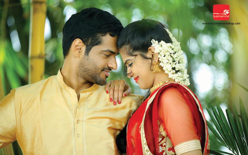 Wedding Photography Rates In Kerala: Candid Wedding Photographer